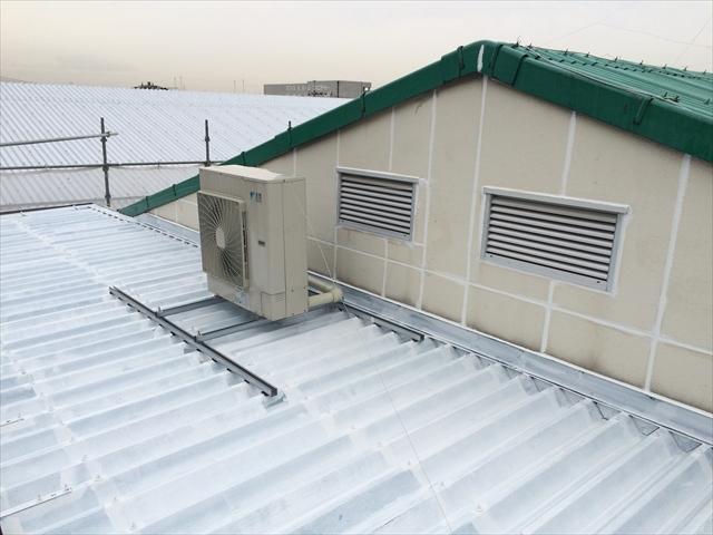 屋根②・施工中_R